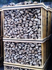 Large Pallet of Kiln Dried Logs